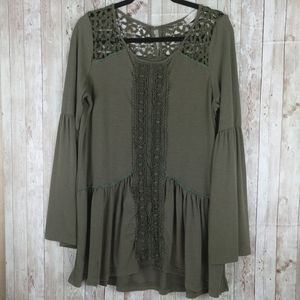 Altar'd State Boho Bell Sleeve Tunic Top Sz.L